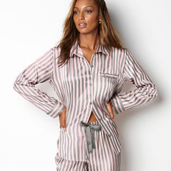 5919ced976c VICTORIA SECRET The Afterhours Satin Pajamas Set